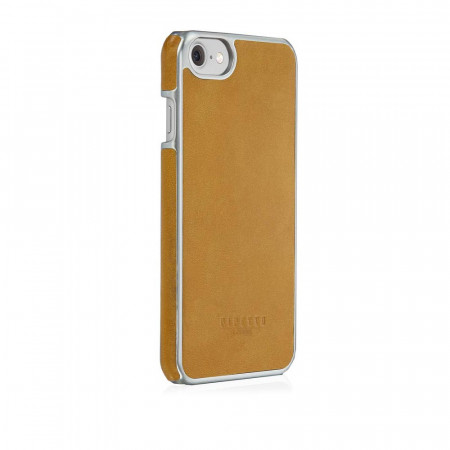 Pipetto iPhone 7 snap case classic tan - back angle 2